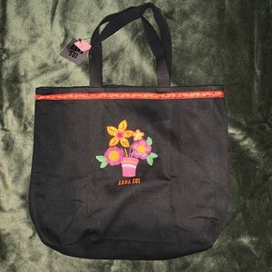 Black Anna Sui tote bag!